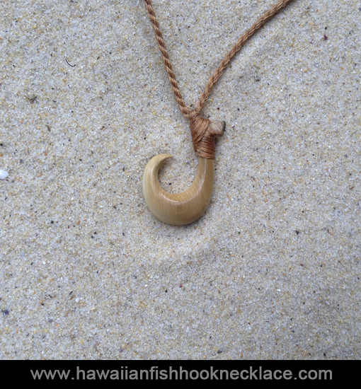 Iolani hawaiian fish hook necklace for Gold fish hook necklace